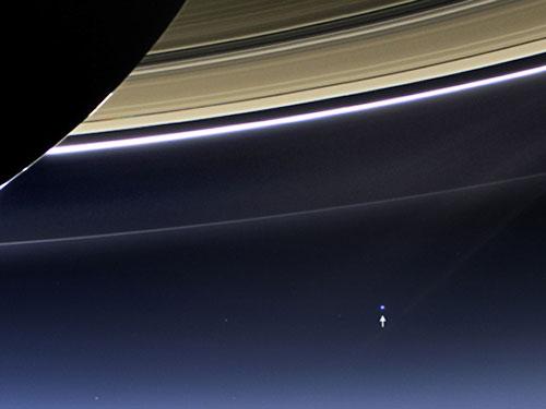 NASA_Navette-Cassini_900MoMiles