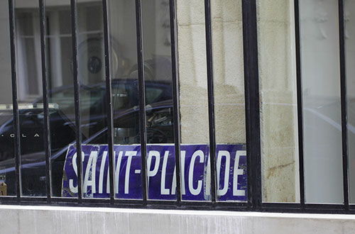 Plaque-metro_Saint-Placide_B